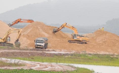 4 doanh nghiệp được cấp phép khai thác cát trở lại