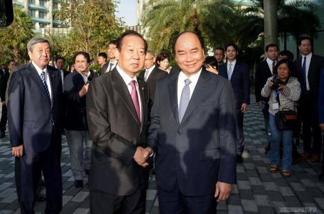 Thủ tướng tiếp Tổng Thư ký Đảng Dân chủ Tự do Nhật Bản