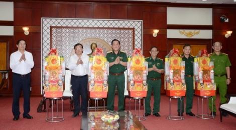 Tư lệnh Quân khu 7 thăm, chúc Tết tỉnh Tây Ninh