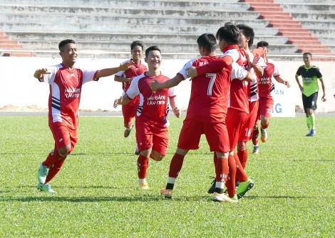 Kim Chung FC giành quyền vào bán kết