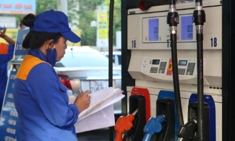Giảm giá xăng dầu