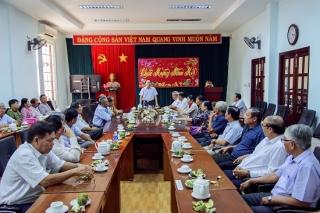 Tân Châu họp mặt nguyên lãnh đạo huyện qua các thời kỳ
