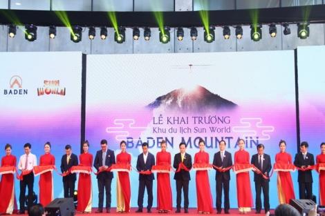 Tây Ninh khánh thành tuyến cáp treo có ga đi lớn nhất thế giới