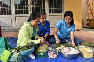 Sôi nổi hội thi gói bánh tét huyện Dương Minh Châu