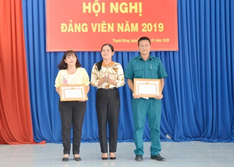 Đảng Ủy xã Thạnh Đông tổ chức hội nghị Đảng viên năm 2019