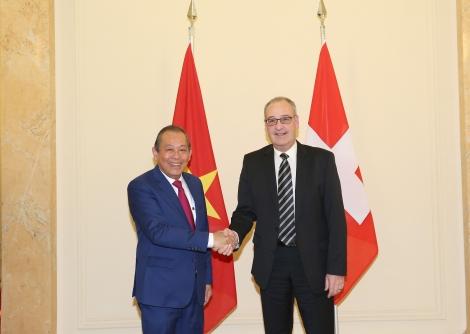 Phó Thủ tướng Thường trực hội đàm với Phó Tổng thống Liên bang Thuỵ Sĩ