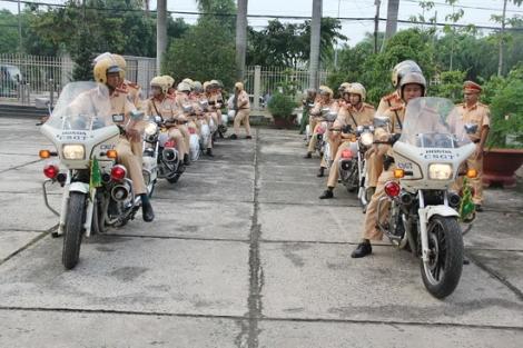 Tăng cường hơn nữa các giải pháp bảo đảm an toàn giao thông dịp Tết