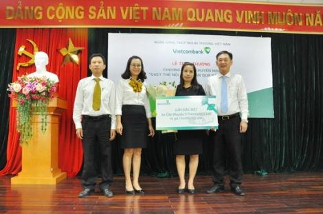 Tây Ninh: Một khách hàng của Vietcombank trúng thưởng xe Mazda trị giá 750 triệu đồng