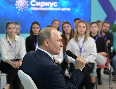 Duma Quốc gia Nga thông qua dự luật sửa đổi Hiến pháp của ông Putin