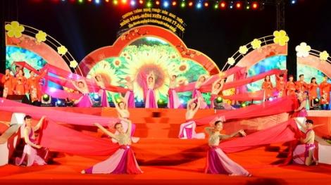 Tây Ninh rộn ràng đón năm mới Canh Tý 2020
