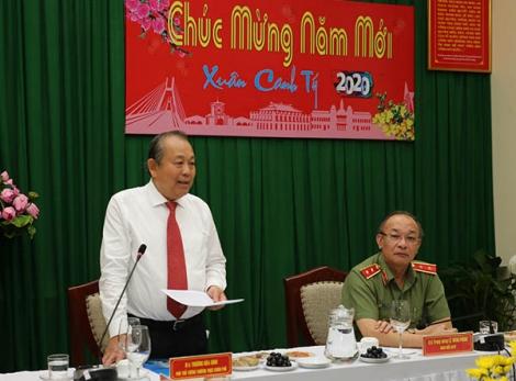 Phó Thủ tướng Thường trực thăm, chúc Tết lực lượng vũ trang tại TPHCM