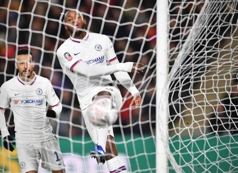 Chelsea vào vòng năm Cup FA