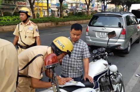 Không mang giấy phép lái xe bị phạt bao nhiêu tiền?