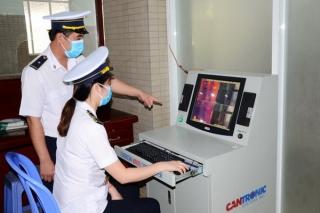 Quyết liệt phòng, chống dịch bệnh bệnh cúm Corona