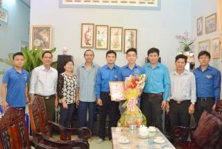 Huyện đoàn Tân Châu tuyên dương cán bộ đoàn tình nguyện nhập ngũ năm 2020