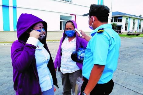 Doanh nghiệp nỗ lực phòng, chống dịch virus Corona trong công nhân ở các khu công nghiệp