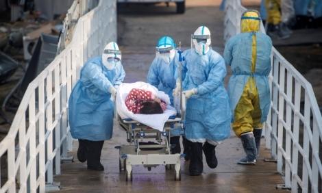 Số người chết vì virus corona tăng lên 805