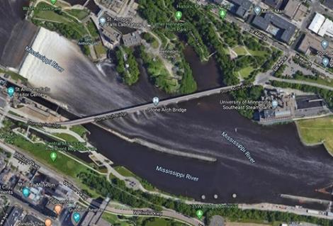 Ngã xuống sông băng vì tin Google Maps