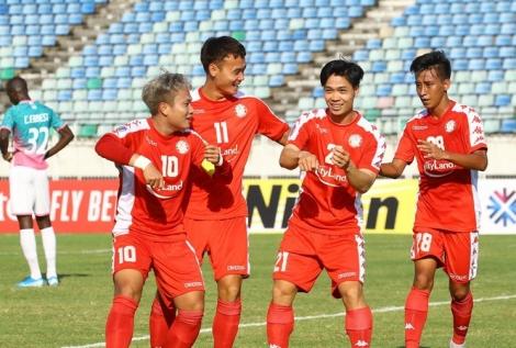 Công Phượng ghi bàn ra mắt, các đội bóng Việt Nam khởi đầu gian nan