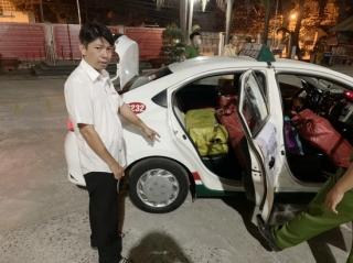 CSGT  Tây Ninh  bắt giữ gần 6.000 bao thuốc lá ngoại nhập lậu