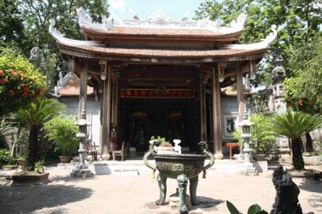 Lễ hội làng Chử Xá