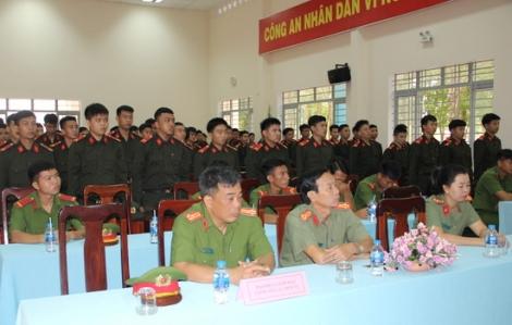 Khai giảng lớp huấn luyện chiến sĩ mới năm 2020