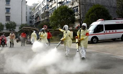 Lực lượng tự quản chống dịch ở Trung Quốc