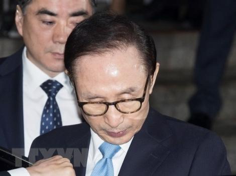 Cựu Tổng thống Hàn Quốc Lee Myung-bak nhận án 17 năm tù giam