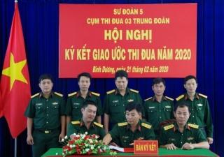 Sư đoàn 5: Cụm thi đua 3 Trung đoàn bộ binh hội nghị ký kết thi đua năm 2020