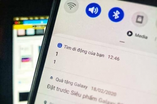 Điện thoại Samsung nhận được thông báo lạ