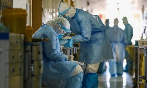 Số người chết vì virus corona tăng lên 2.247