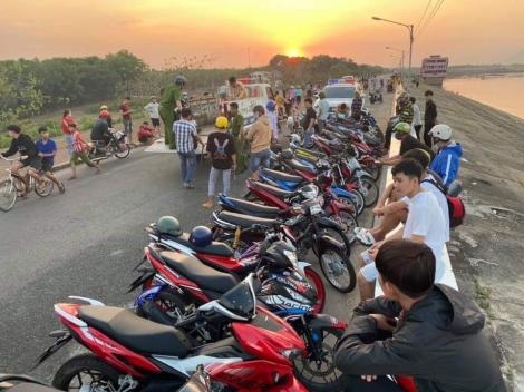 CA Dương Minh Châu: Phạt nhóm thanh niên tụ tập chạy xe lạng lách, biểu diễn