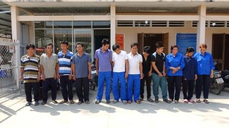 CA Tân Biên: Bắt tụ điểm lắc tài xỉu, đá gà, mua bán số đề