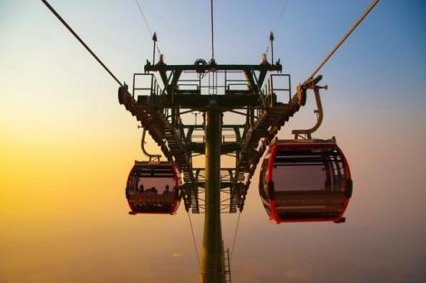 Giảm 25% giá vé cáp treo cho người dân Tây Ninh lên đỉnh núi Bà Đen, Chùa Hang và Chùa Bà
