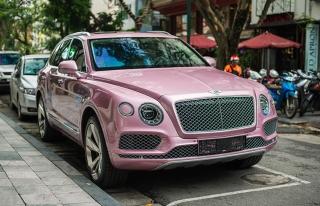 Bentley Bentayga màu hồng hàng độc của đại gia Việt