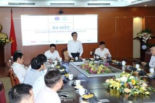 Ra mắt hai ứng dụng khai báo sức khỏe cho người dân và người nước ngoài đến Việt Nam