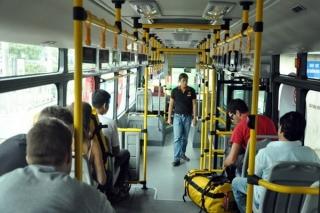 8 lưu ý phòng dịch COVID-19 với hành khách đi phương tiện công cộng và sử dụng ứng dụng kết nối