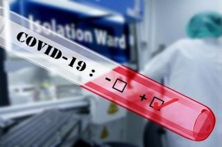 Bệnh nhân số 35 nhiễm COVID-19 tiếp xúc gần với hai du khách Anh