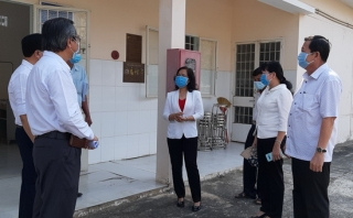Trưởng Ban Tổ chức Tỉnh ủy kiểm tra công tác phòng, chống dịch bệnh Covid-19 tại Bến Cầu