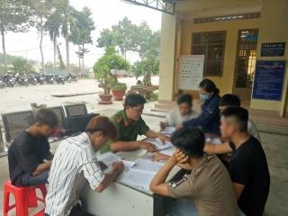 Công an thành phố Tây Ninh tuyên truyền cho phụ huynh có con em vi phạm trật tự an toàn giao thông
