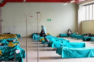 Vượt 20.000 ca mắc Covid-19, Italy khẩn cấp kêu gọi viện trợ