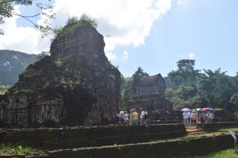Di tích Huế, Mỹ Sơn tạm dừng đón du khách