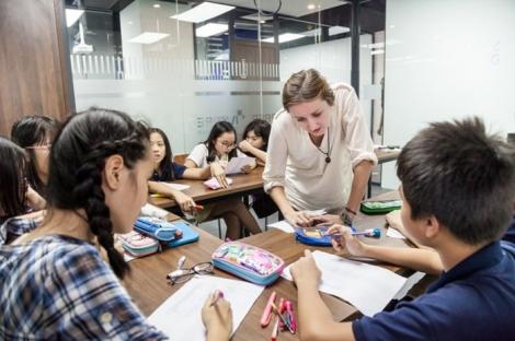 Học trực tuyến, học sinh Việt Nam có thể lấy bằng phổ thông trung học Mỹ tại nhà