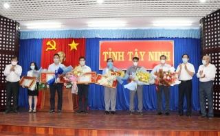 Tây Ninh: Tiếp nhận gần 9 tỷ đồng ủng hộ cho công tác phòng, chống dịch bệnh Covid-19 của tỉnh