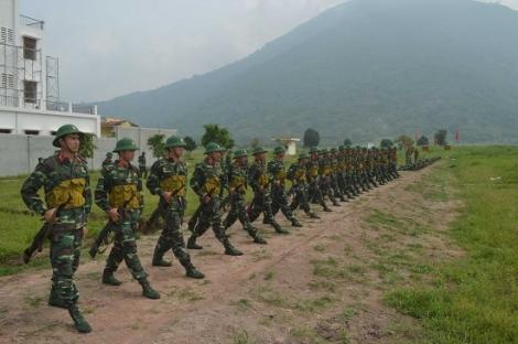 Tổ chức hội nghị rút kinh nghiệm sau 1 tháng huấn luyện chiến sĩ mới
