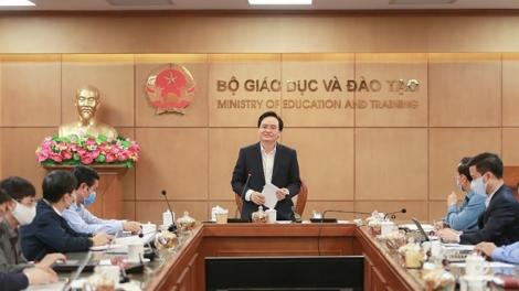 Bộ Giáo dục và Đào tạo họp bàn về tinh giản chương trình với 63 tỉnh thành