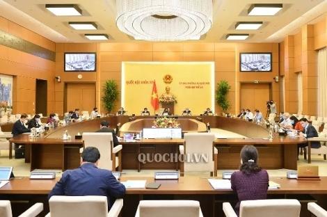 Ủy ban Thường vụ Quốc hội ban hành năm nghị quyết phê chuẩn nhân sự