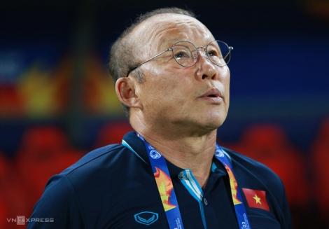 Người đại diện: 'Lương HLV Park cứ nên theo hợp đồng'