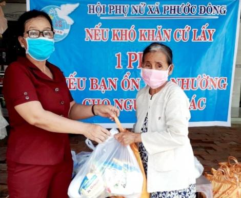 Phước Đông thực hiện gian hàng hỗ trợ phòng chống dịch Covid-19