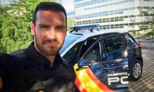 HC vàng Olympic làm cảnh sát